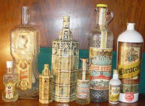 botellas antiguas de licores