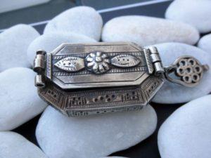joyas antiguas de plata