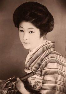 fotografias de mujeres antiguas