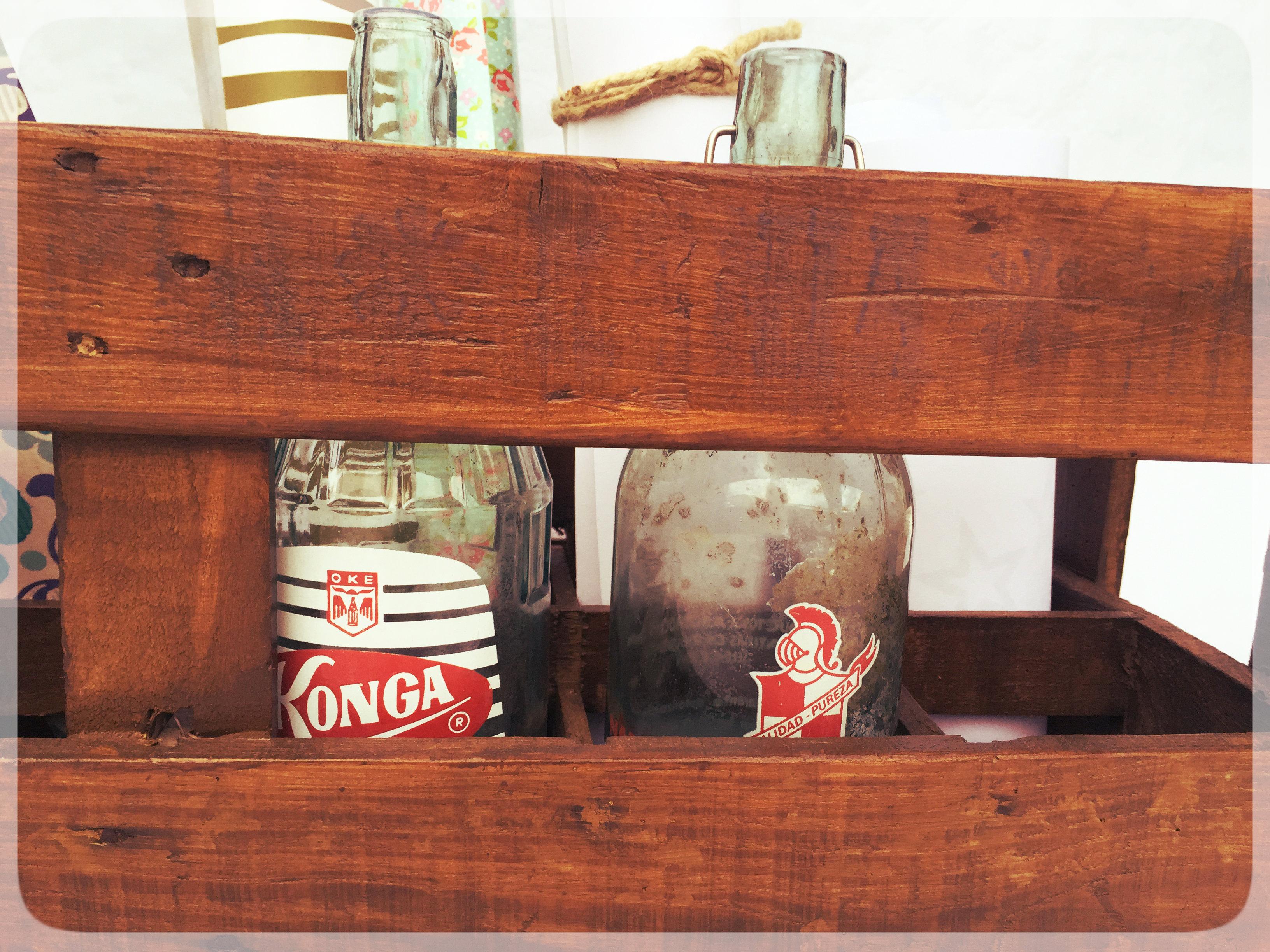 cajas de madera antiguas de botellas