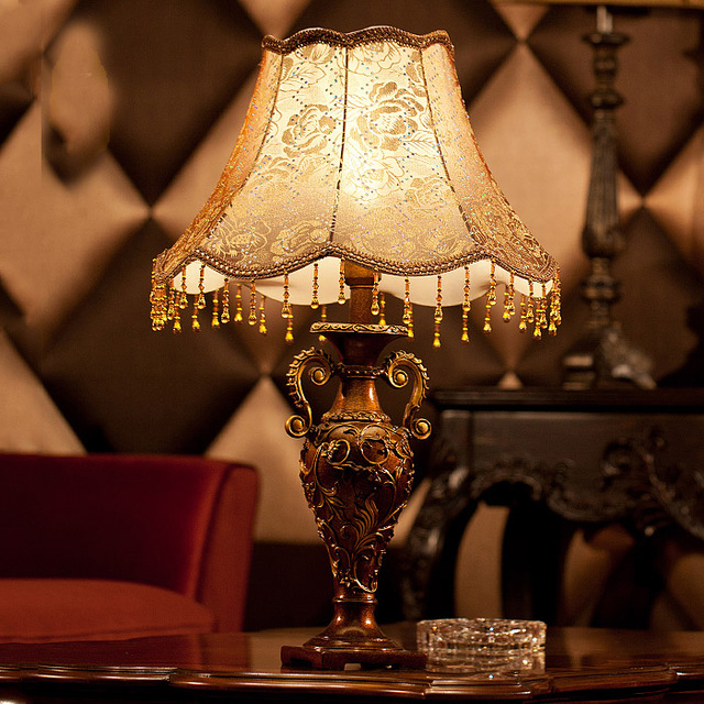 lamparas antiguas de mesa