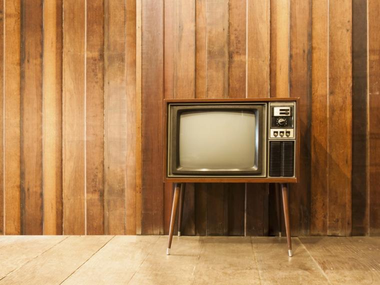 televisiones antiguas y modernas